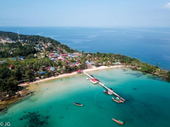 hotel for sale at M'pai Bay in Koh Rong Samloem island Cambodia