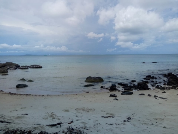 Sandy Beach Land for sale, beachfront land, Koh Rong Samloem, Cambodia, real estate property (1)